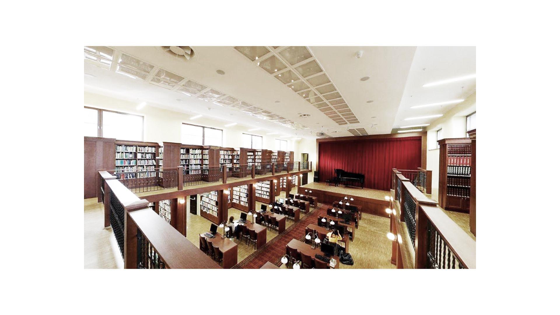 Przebudowa kina na bibliotekę